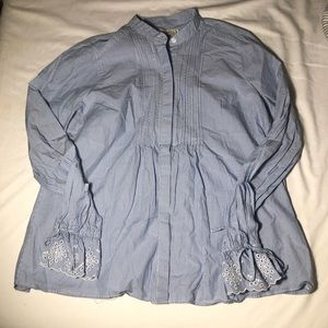 Abercrombie and Fitch decorative button up. Size L